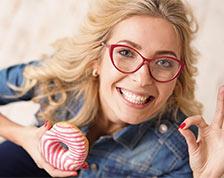 Цветные очки и оправы фото на моделях