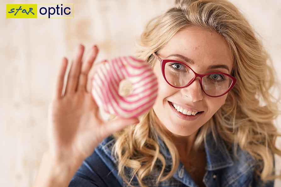 Фото очки Emilio Pucci на модели