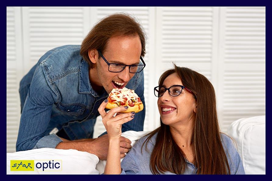 Классические или классные: очки Tommy Hilfiger на моделях