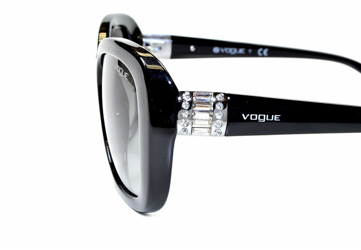 Vogue 2943 W44