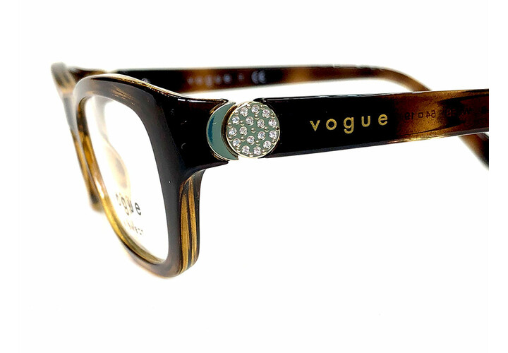 Vogue 5306B W656