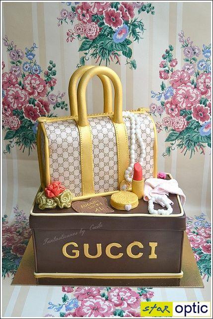 Сладкие шедевры для ценителей Gucci